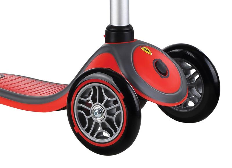 HULAJNOGA GLOBBER 440-150-2 Ferrari Red